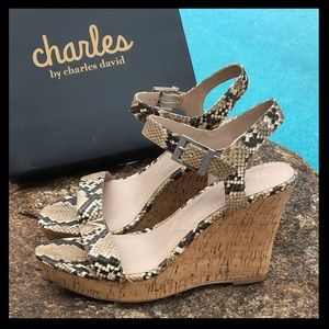 🔥NWT🔥Charles David snakeskin cork platform shoes